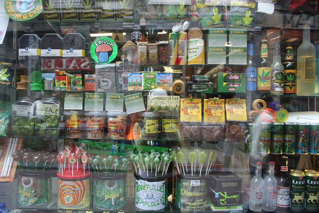 1024px-Amsterdam-420-cannabis-products-window